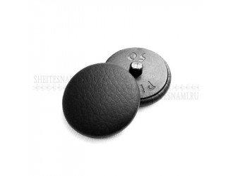 Пуговица обтяжная, кожзам черная, 32 мм.