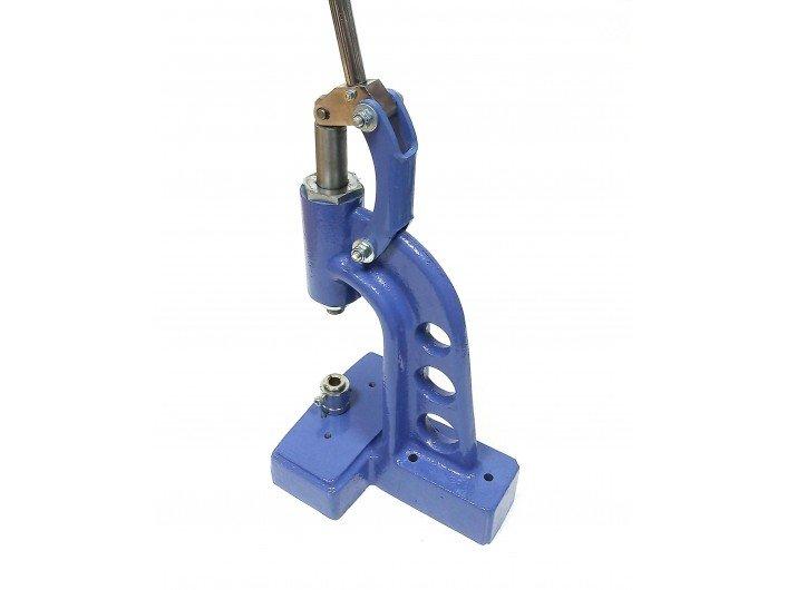 Оборудование для обтяжки пряжек и пуговиц